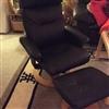 Lænestol med skammel sælges pæn og velholdt få måneder gammel står som ny nyprisen er 1250 sælges fo..